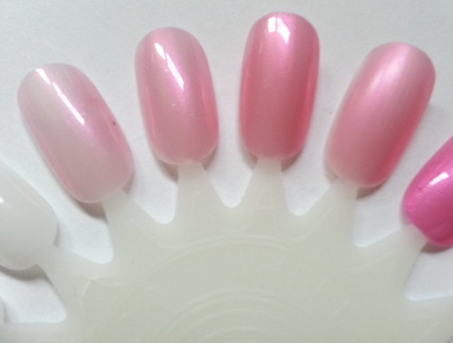 Sally Hansen Triple Shine Blow Bubbles Swatch